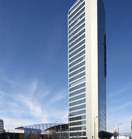 Torre_Unipol_FB
